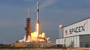 Aplazado lanzamiento de misi?n tripulada SpaceX de la Nasa por mal tiempo, El anuncio que abortaba la misi?n se dio 15 minutos antes de su despegue