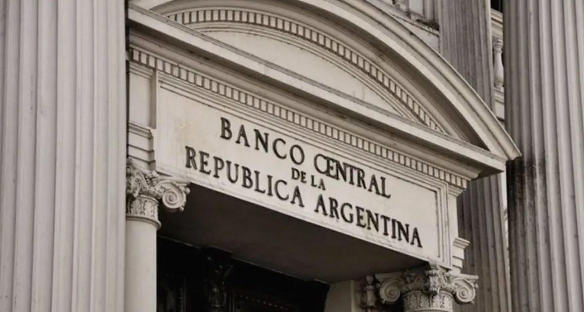 Banco Central de Argentina aplicará una restricción