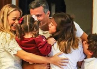 La primera foto de Leopoldo López en Madrid rescata el reencuentro familiar, luego de 6 años de persecución política