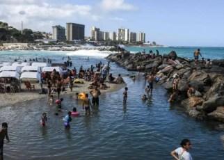 Venezuela reabre sus playas luego de 7 meses de cuarentena