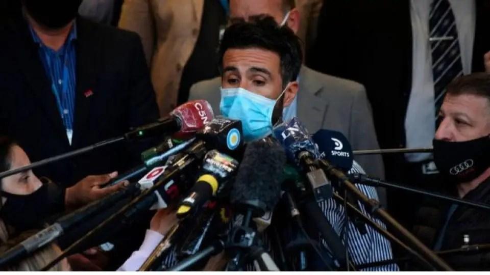 """Imputan con el delito de """"homicidio culposo"""" al médico de cabecera de Maradona"""