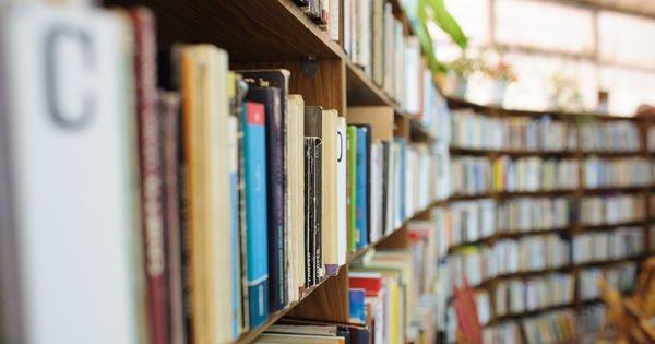 Citeşte o carte şi dă-o mai departe!