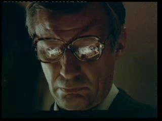 Un om în loden (1978)