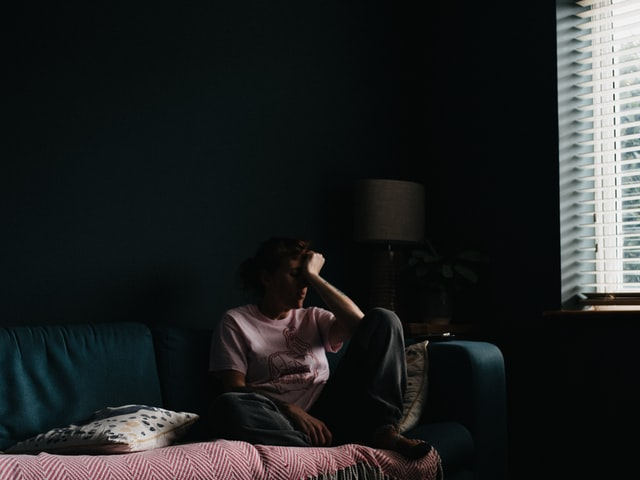Tristetea-articol-monitorul-psihologiei