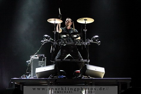 2010-12-30_VNV_Nation_-_Bild_003x.jpg