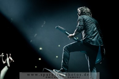 2011-08-23_Foo_Fighters_-_Bild_009x.jpg