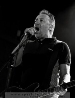 2012-07-29_Peter_Hook_And_The_Light_-_Bild_003.jpg