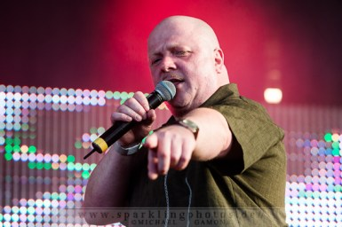 2013-07-21_VNV_Nation_-_Bild_002x.jpg