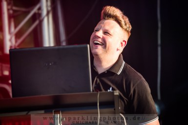 2013-07-21_VNV_Nation_-_Bild_007x.jpg