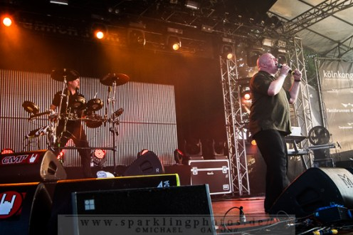 2013-07-21_VNV_Nation_-_Bild_012x.jpg