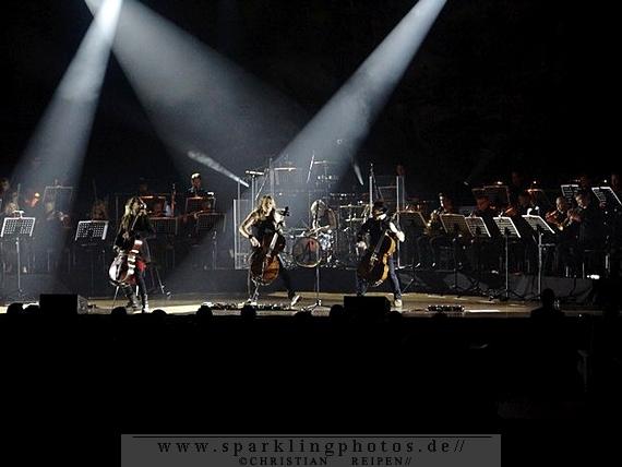 2014-03-17_Apocalyptica_-_Bild_001.jpg