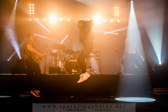 2014-10-27_Guano_Apes_-_Bild_011x.jpg