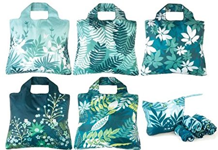 travel tip: carry a reusable bag with you when travelling