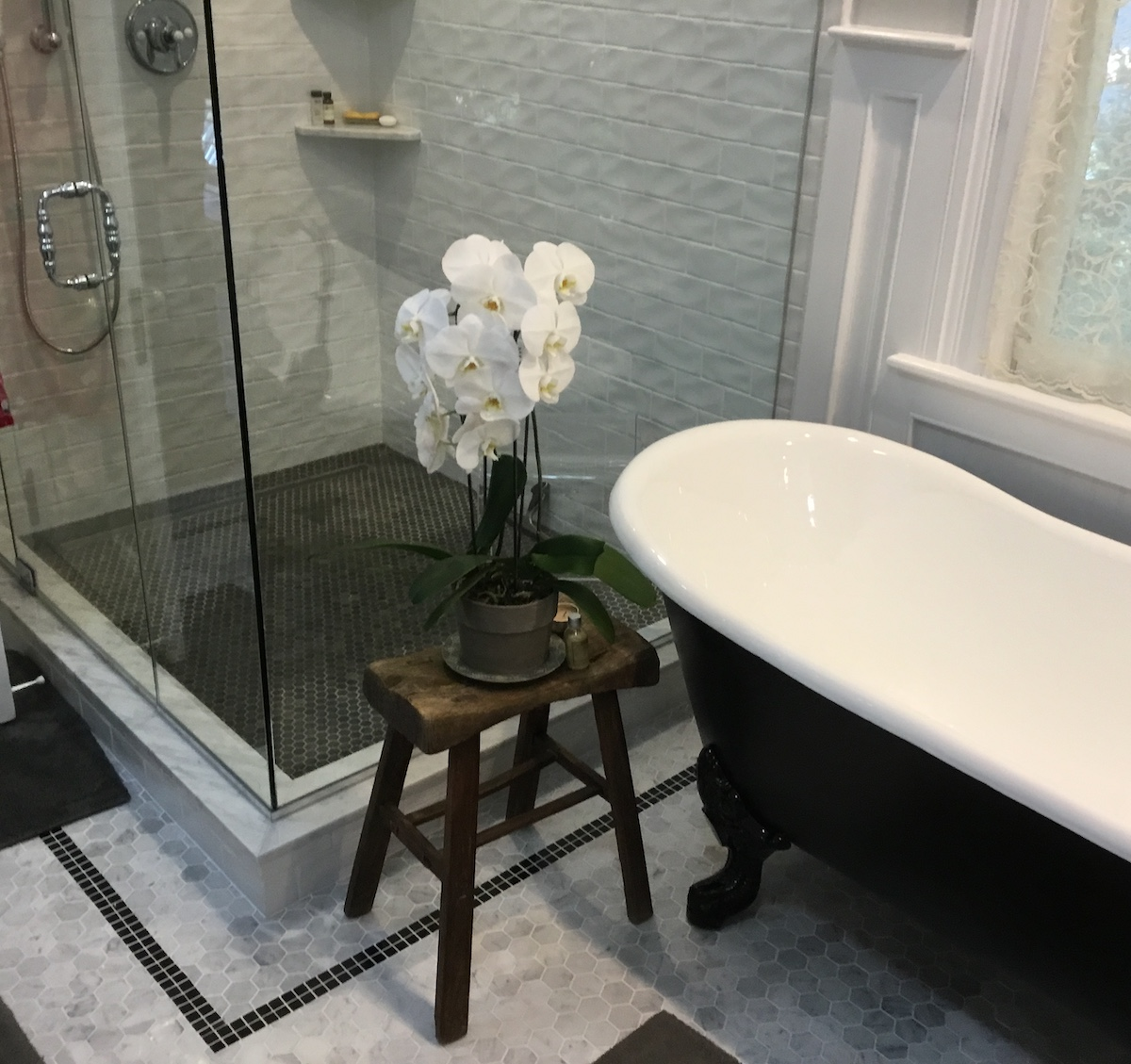 contemporary shower tile ideas 2020
