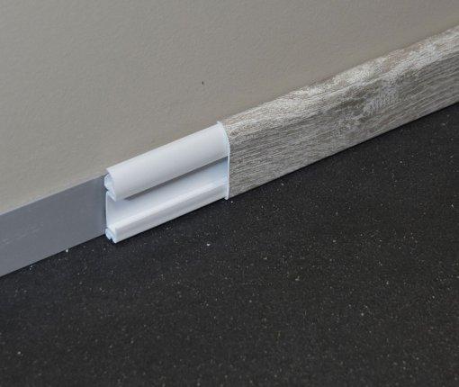 Plinthe cimaise PVC en chêne de Wallonie