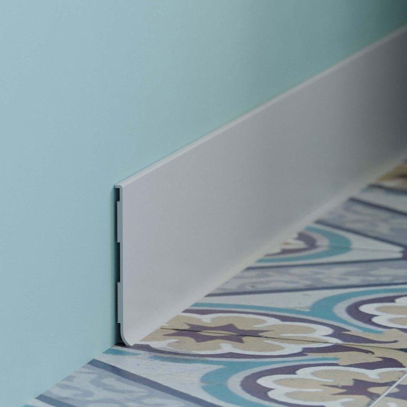 Visuel large de la plinthe à lèvre rigide PVC blanc