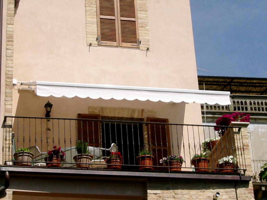 Jacquie Pender in Ripatransone, Italy – Monna McDiarmid