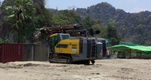 Industrial machine readies materials for the June Cement Industry factory (Photo: MNA)
