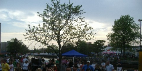 There was a nice crowd gathered awaiting the opening to the 2008 Salisbury Festival, even in the food court across the Wicomico River.