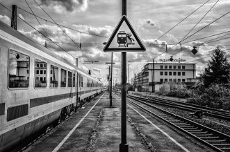 BahnhofWeinheim-1001492 by .