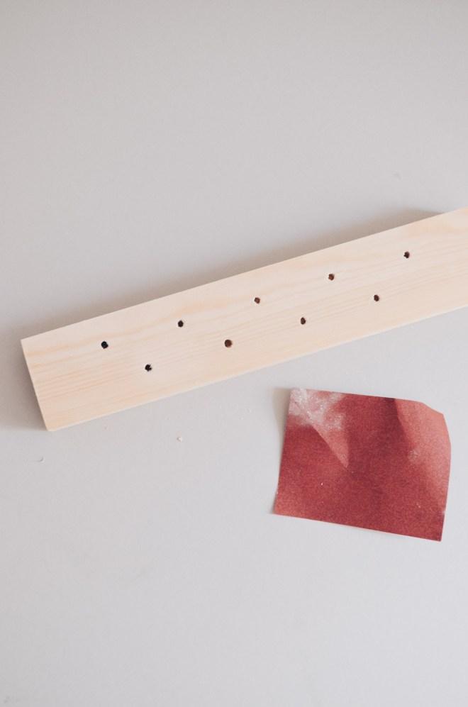 DIY-Anleitung für ein selbst gemachtes Trockenblumen-Display aus Holz