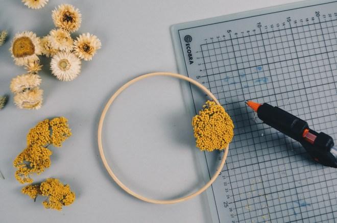 DIY Kranz mit Trockenblumen