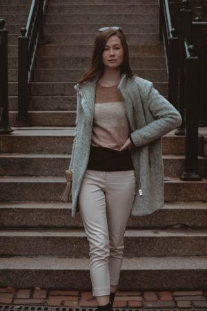 Monochrome Minimalist   Colour Block Sweater   H&M   Questions