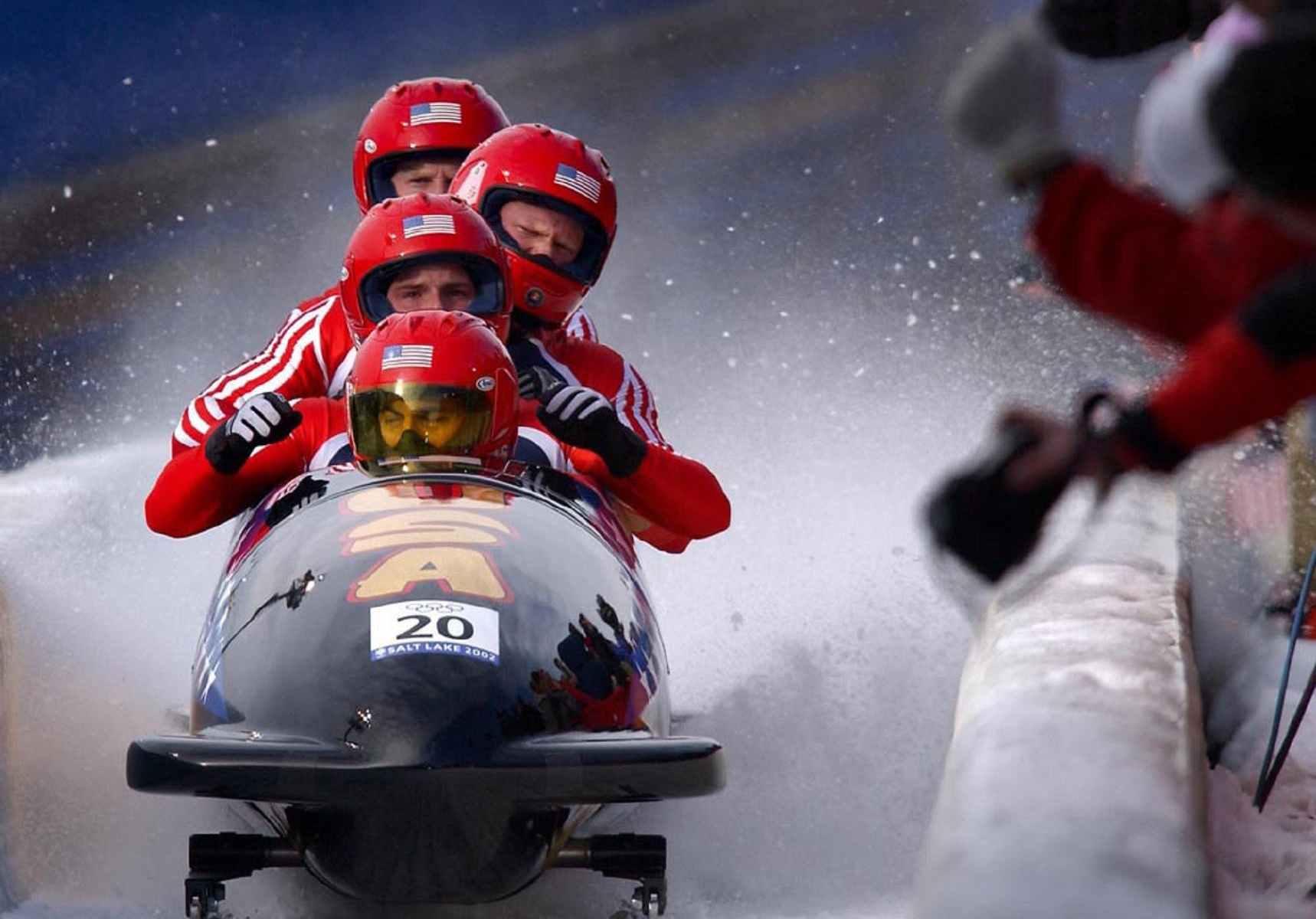 men winter ice sport