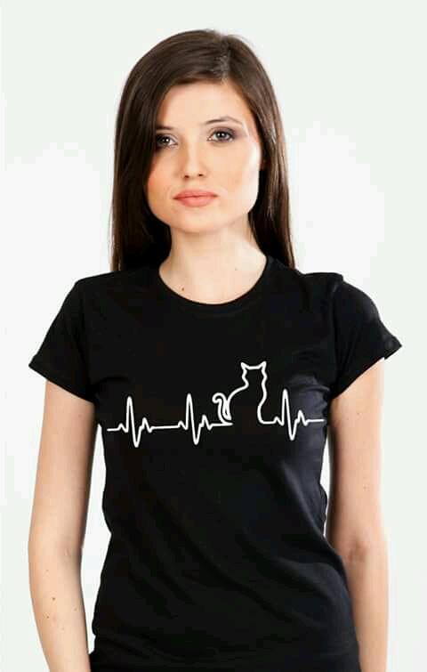 tricou cu ritm cardiac si pisica