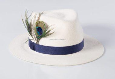 IMG 1200 Studio Session 600x600 - Doamnă, cu pălărie de damă