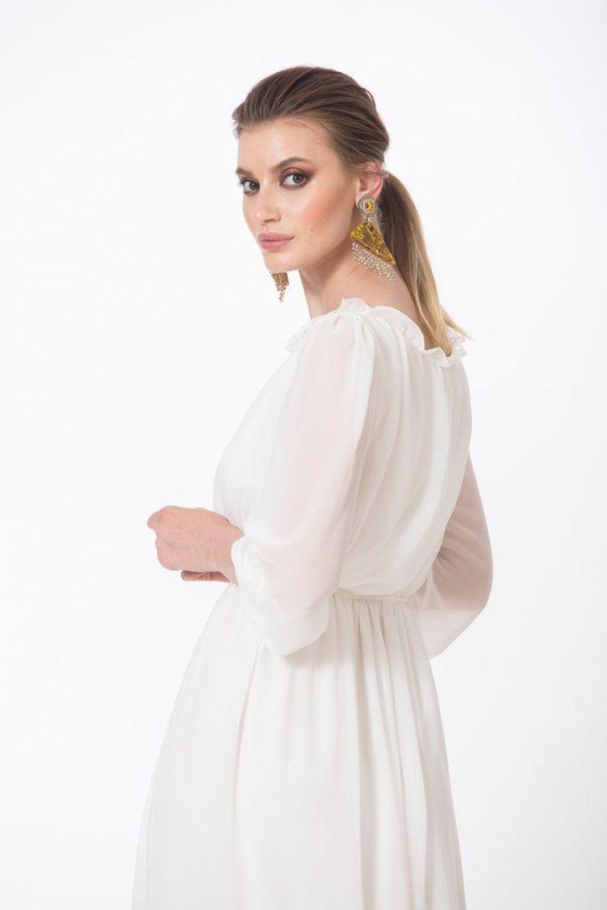 rochie premium lunga din voal alb 2 - Ioana Cosânzeana și o rochie versatilă de la Dames.ro