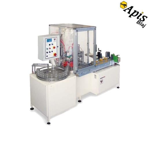 masina de ambalat mierea la borcan capsat si etichetat 6996 7358 1232 - Cele mai bune soluții de îmbuteliere miere