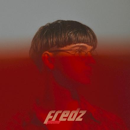 FREDZ, nouveau venu sur la scène Rap Keb présente aujourd'hui « Plume »