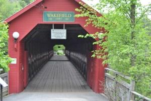 Le pont couvert de Wakefield a été reconstruit par des bénévoles, après avoir été la proie des flammes.