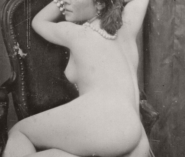 Retro Vintage Nudes Erotica 1920s 01