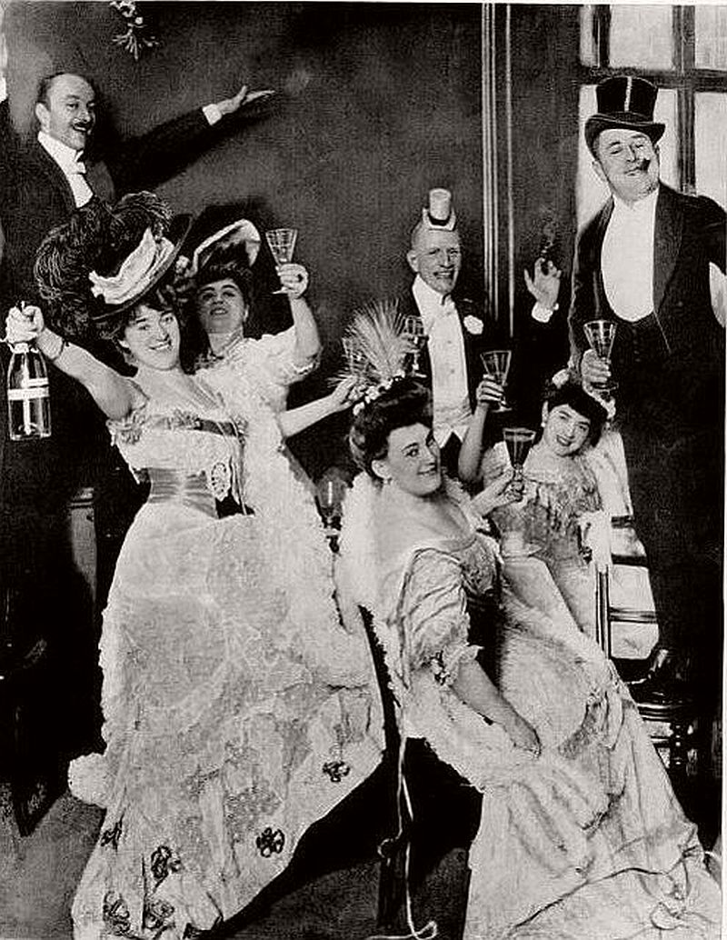 Vintage  Happy New Year  in the past    MONOVISIONS New Year s Eve in the Edwardian Era
