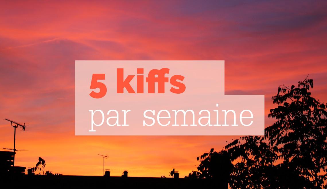 coucher de seleil, photo graphie golden hour, ciel dégradé, orange, rose, bleu