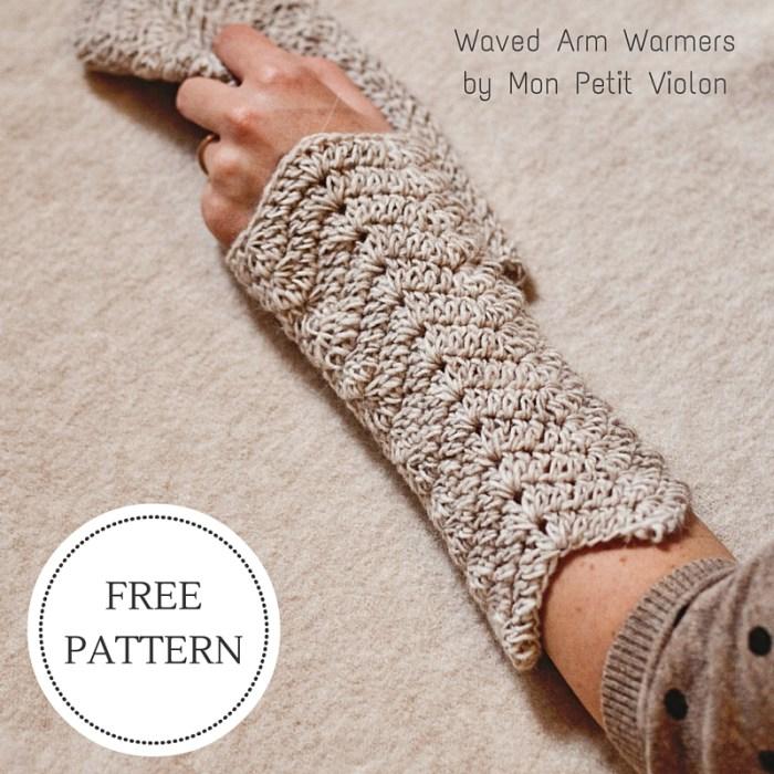 Free crochet pattern - Waved Arm Warmers by Mon Petit Violon