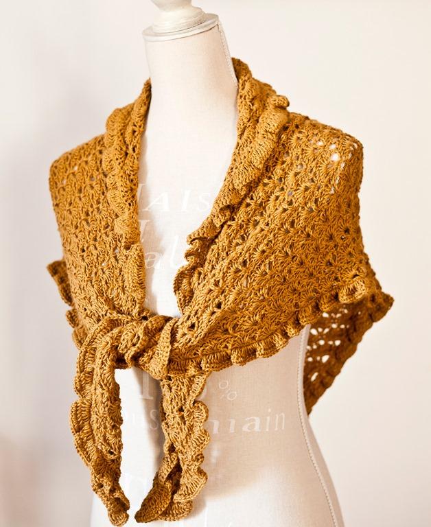 Ruffle shawl…
