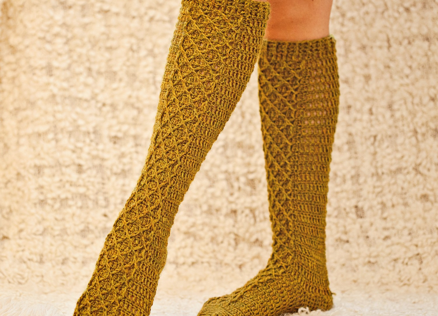 New pattern for Knee High Diamond Socks is waiting for you!