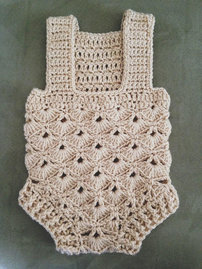 Baby Romper, crochet pattern by Mon Petit Violon www.monpetitviolon.com