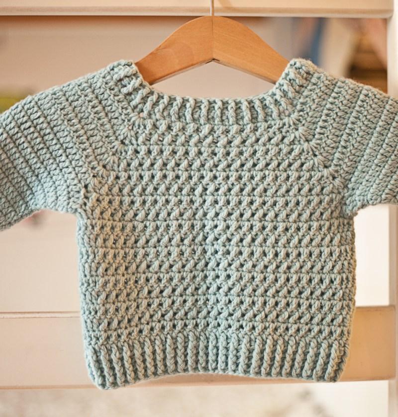 River Coast Sweater, crochet pattern by Mon Petit Violon. www.monpetitviolon.etsy.com