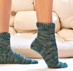 Spruce Socks, crochet pattern by Mon Petit Violon