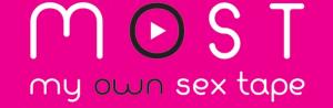 Vivez le fantasme ultime de votre Sex Tape privée, réalisée par un professionnel, pour un rendu d'une qualité incroyable.