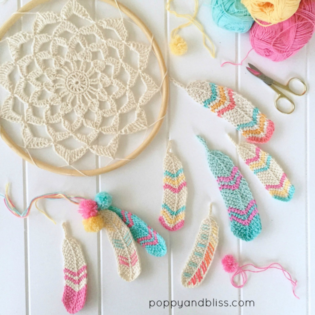 Les plumes au crochet de Poppy and Bliss (tutos crochet tunisien)
