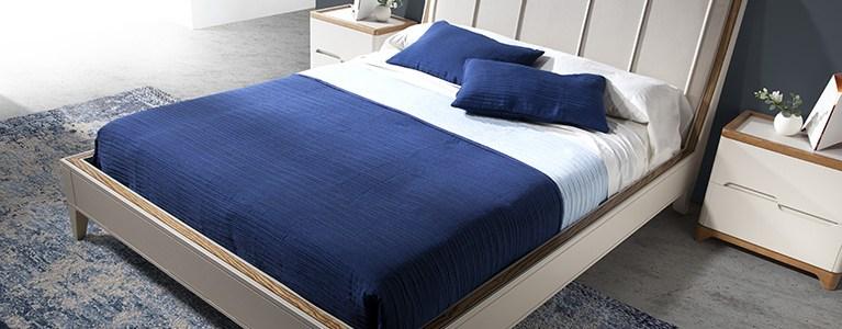 Ropa de Cama colección Valentina y Cama para dormitorios Valentina cabezacl tapizado