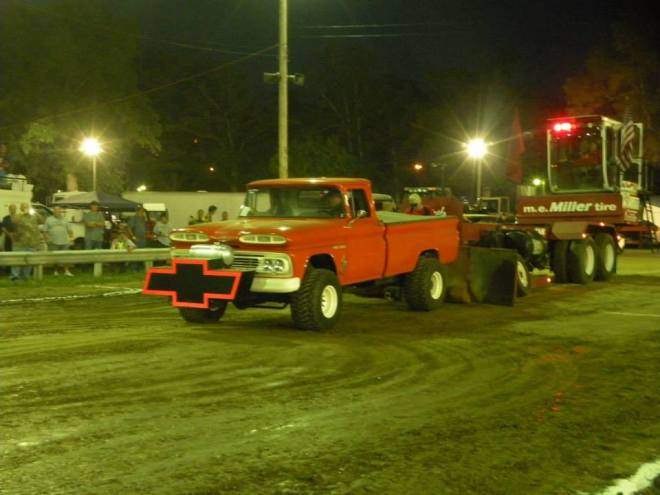 Truck Pull Altered 4X4 gas