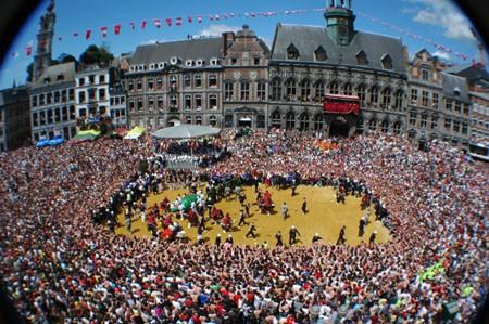 La ducasse de Mons 2021 est annulée!