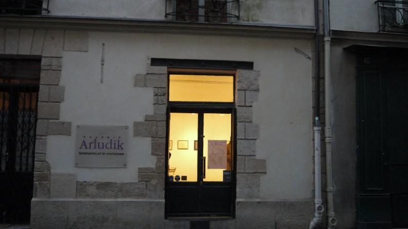 L'entrée de la galerie Arludik©Monsieur Benedict
