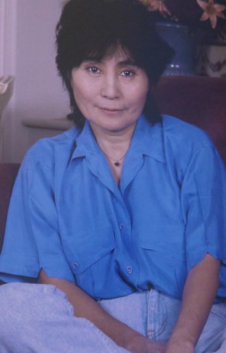 Yoko Ono pour une interview à l'Hôtel Royal Marceau